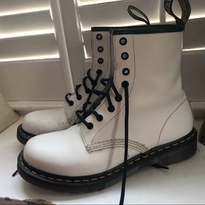 White Leather Dr.Marten boots